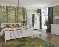 Спальный гарнитур из натурального дерева Бейлиз